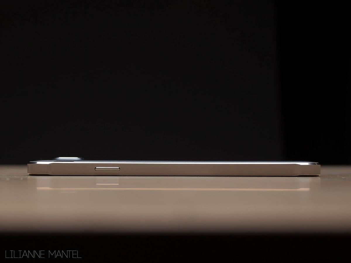 De Samsung Galaxy Alpha is er dun, 6.7 mm.